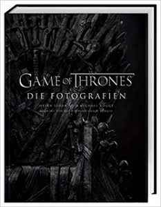 Ein Game of Thrones Buch im Test