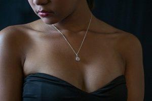 Wunderschöne Halsketten mit einem PANDORA Gutschein kaufen