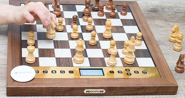 Millennium Schachcomputer The King Performance M830 im Test - mit diesem Schachcomputer spielen Sie wie ein König!
