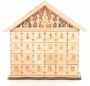 Ein Adventskalender von Pajoma aus Holz im Test