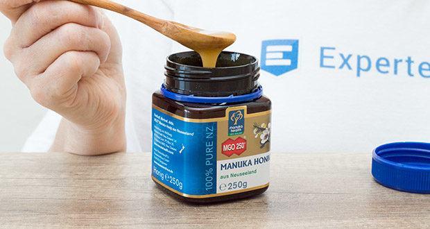 Manuka-Health Manuka Honig MGO 250+ (250 g) im Test - ist ein Blütenhonig, den die Bienen in Neuseeland aus dem Nektar der wilden Manukapflanze gewinnen