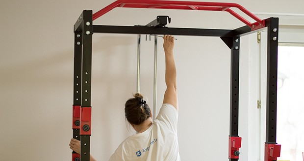 Wellactive Power Rack Kraftstation im Test - standfeste, massive Stahlkonstruktion