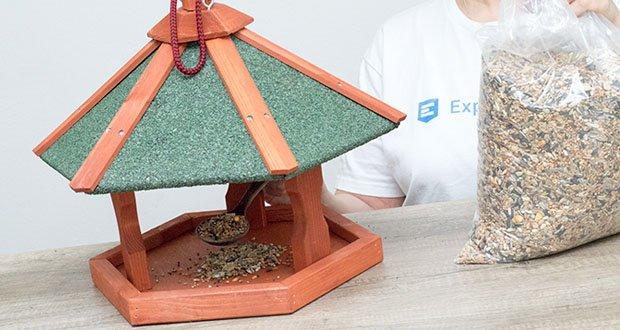 Karlie Bird'S World Wild Vogelhaus Rena im Test - leicht zu Befüllen