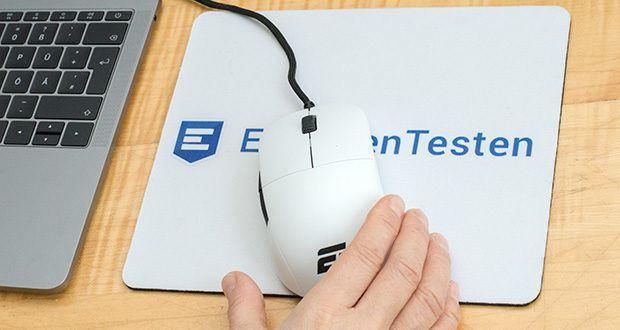 Endgame Gear XM1 Gaming Maus im Test - ist eine hochwertige Gaming-Maus für alle Griff-Stile, die durch ihre Analog-Technologie für Reaktionszeiten unter 1ms sorgt und gleichzeitig dank selektierter Omron-Switches Langlebigkeit garantiert