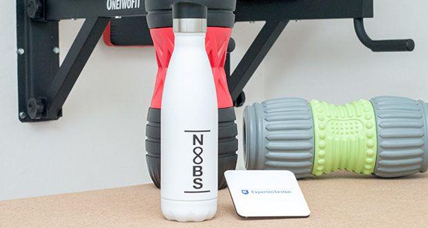 Noobs Premium Thermosflasche 500ml weiß im Test - durch die doppelwandige Edelstahl Außenwand ist diese Trinkflasche zusätzlich mit Vakuum gefüllt und verhindert dadurch jegliche Wärmeleitung nach außen hin