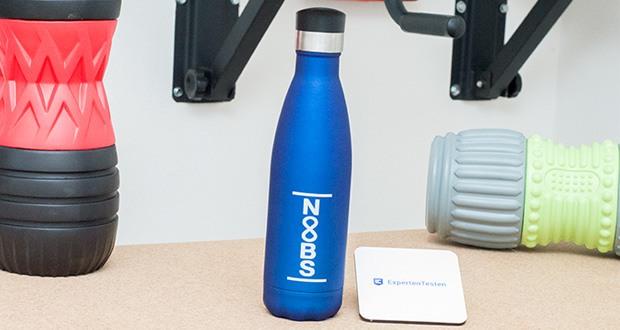 Noobs Premium Trinkflasche 500ml blau im Test - durch die doppelwandige Edelstahl Außenwand ist diese Trinkflasche zusätzlich mit Vakuum gefüllt und verhindert dadurch jegliche Wärmeleitung nach außen hin