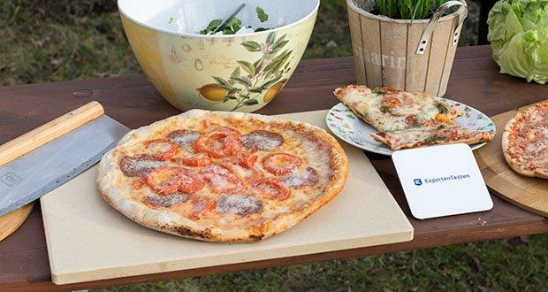 GARCON Pizzastein für Backofen und Gasgrill 3er Set im Test - das Ergebnis ist eine Pizza mit dem unverwechselbarem Geschmack wie vom Lieblingsitaliener