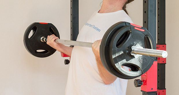 Wellactive Power Rack Kraftstation im Test - Trainingssticker mit Übungsauswahl