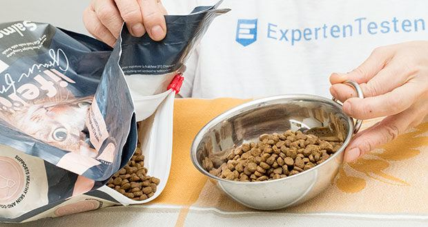 Amazon-Marke: Lifelong Alleinfuttermittel für ausgewachsene Katzen mit frischem Lachs 3kg im Test