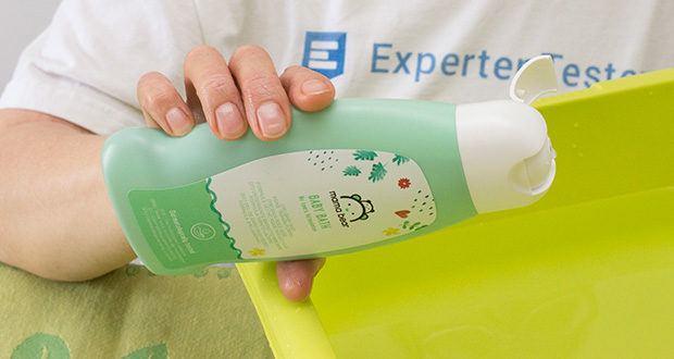 Mama Bear Baby-Bad im Test - Anwendung: 2-3 Tropfen ins warme Badewasser geben