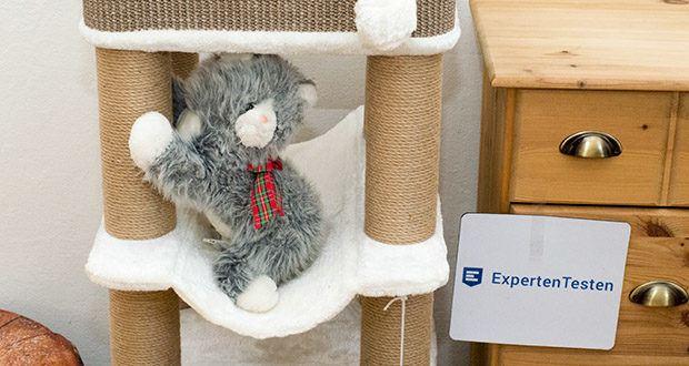 Trixie Kratzbaum XXL Lucano 44669 im Test - Handwäschemit Liegemulde mit Spielzeugen am Band
