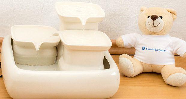 Miaustore Keramik Trinkbrunnen für Katzen im Test - der Trinkbrunnen versorgt Ihre Katze mit Wasser, auch wenn Sie ein paar Tage weg sind