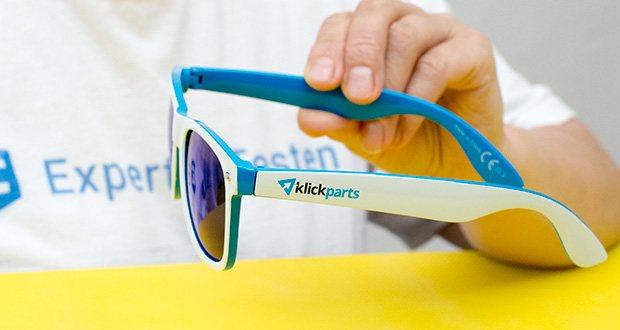 Klickparts Sonnenbrille im Test - der Entwurf mit dem markanten Kunststoffrahmen revolutionierte das damalige Brillendesign indem es das Ende der Ära der Metallgestelle für eine gewisse Zeit ankündigte