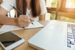 Worauf muss ich beim Kauf eines Englisch Online-Kurs Testsiegers achten?