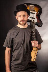 Wie viel Euro kostet ein Online Gitarrenkurs im Test