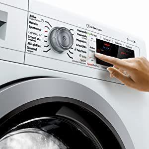 Eine neue Waschamschine selbst reparieren - lohnt sich das?