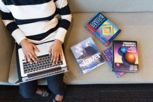 Für wen zahlt sich die Teilnahme an einem Java Online Kurs aus?