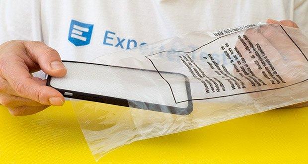 EasyAcc Hülle für iPhone 7/8/SE Schwarz im Test - Größe und Gewicht: 14,3 x 7,2 x 0,9 cm ; 18,1 g