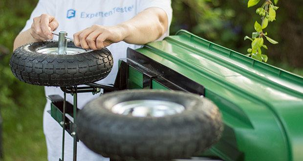 Izzy Sport Bollerwagen im Test - mit Luftbereifung ermöglichen ein problemloses Fahren über Stock und Stein