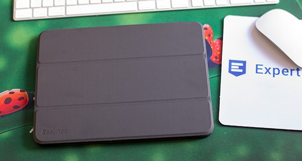 EasyAcc Schutzhülle für iPad Pro 11 im Test - eingebauter Magnet des Schlaf / Wach-Funktion zu steuern sowie um die vordere Abdeckung fest auf Ihrem iPad, wenn sie geschlossen