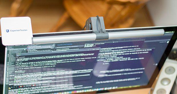 BenQ ScreenBar Plus LED-Monitor-Lampe im Test - während der Arbeit erleichtert eher kühles Licht die Konzentration und steigert die Effizienz