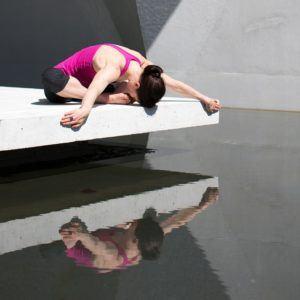 Gestaltung beim Yin Yoga Onlinekurs im Test und Vergleich