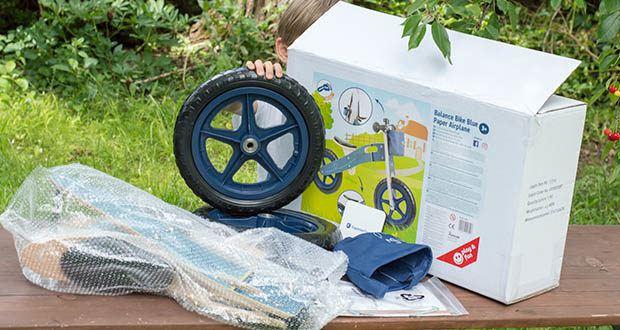 small-foot Laufrad blauer Papierflieger im Test - Material: Kunststoff, Holz, Metall