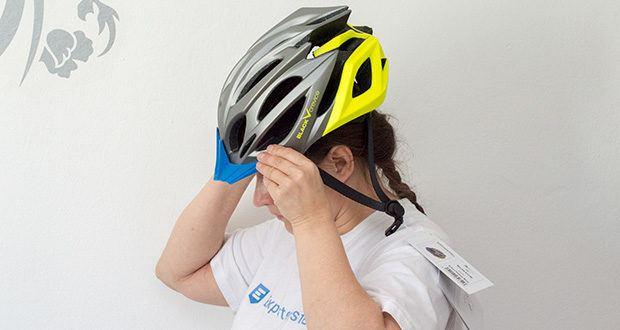Blackcrevice Fahrrad- & Mountainbike Helm im Test - das Kinnband in Y-Konstruktion ist verstellbar und zusätzlich gepolstert