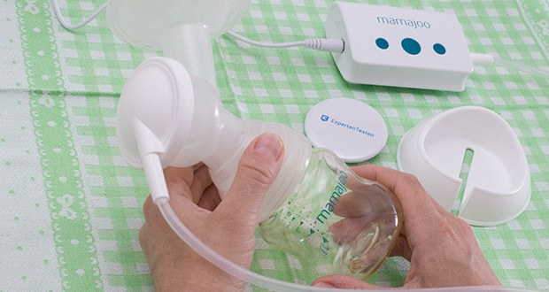 Mamajoo Elektronische Milchpumpe im Test - setzen sie den Flaschensauger auf und füttern ihr Baby oder bewahren sie den Saugbehälter, geschlossen mit dem Verschlussring im Kühlschrank oder Tiefkühlschrank auf