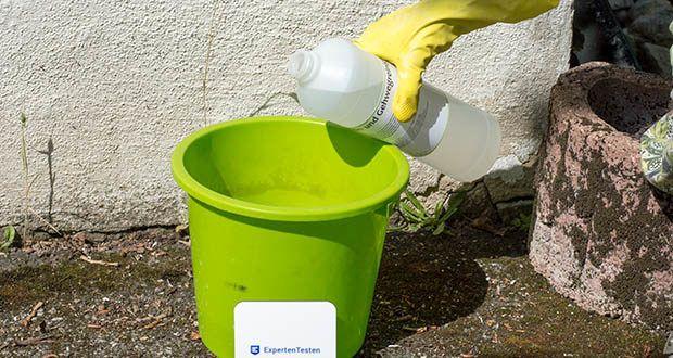 ECO-Clean by LcM Stein- und Gehwegreiniger im Test - Schutzhandschuhe / Schutzkleidung / Augenschutz tragen