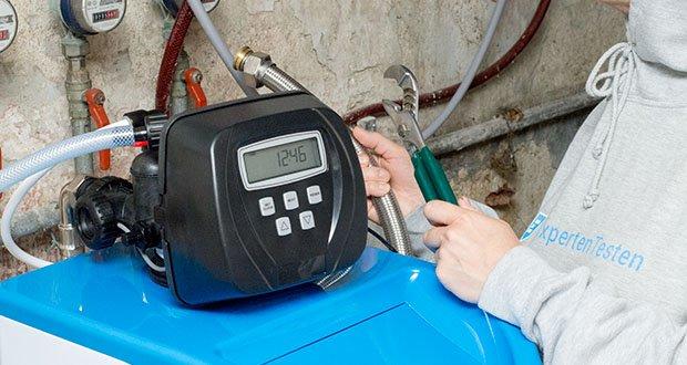 LFS CLEANTEC Wasserenthärter IWKC 1000 im Test - erreicht die Kapazität des Wasserenthärters Null wird die Regeneration zu einer vorgegebenen Uhrzeit z.B. 2 Uhr nachts durchgeführt