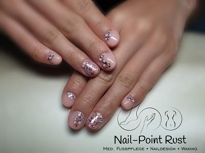 Nail-Point Rust Kosmetikstudio - Nageldesign in Rust