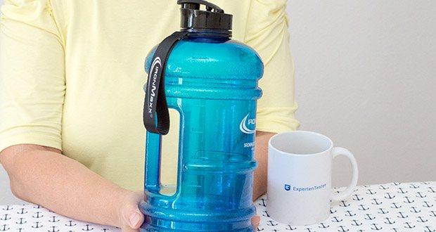 IronMaxx Trinkflasche im Test - Messskala bis 2000ml