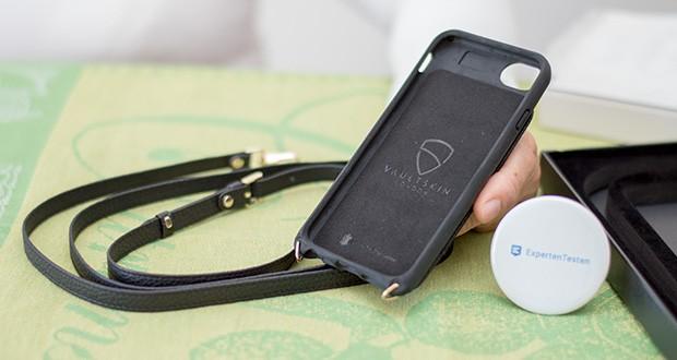 Vaultskin Victoria iPhone 7/8 Plus Hülle im Test - das luxuriöse, hochwertige echte italienische Leder fühlt sich gut an und sieht auch so aus