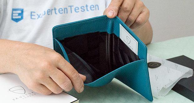 Vaultskin Kensington Reisepasshülle im Test - große Außentaschen für Ihren Boarding Pass oder Banknoten