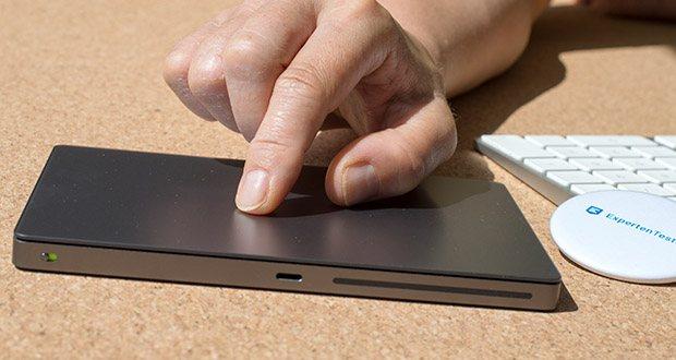 Apple Magic Trackpad 2 im Test - koppelt sich automatisch mit deinem Mac, so kannst du sofort anfangen zu arbeiten