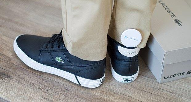 Lacoste Herren-Chukka Boots Gripshot im Test - Grünes Krokodillogo am seitlichen Schaft