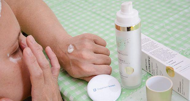 Cosphera Vitamin C Performance Creme im Test - die Antiaging Gesichtscreme mit Vitamin C und Hyaluronsäure von Cosphera