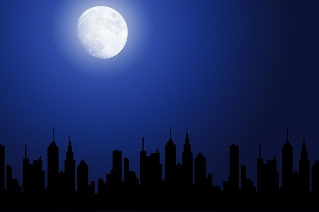 Blue Moon Phänomen im Oktober