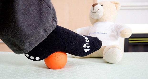 Captain LAX Massageball im Test - vielseitig einsetzbar: z. B. beim Crossfit, der Physiotherapie, der Faszienmassage, der Triggerpunktmassage oder zu Hause zur Selbstmassage um zu entspannen lässt sich dieser Massage Ball ideal einsetzen
