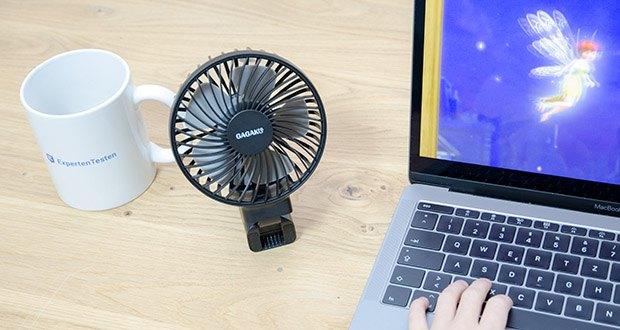 GAGAKU Mini Akku Handventilator im Test - Sie können den tragbaren Lüfter um 180 grad klappen, um ihn auf den Schreibtisch zu stellen