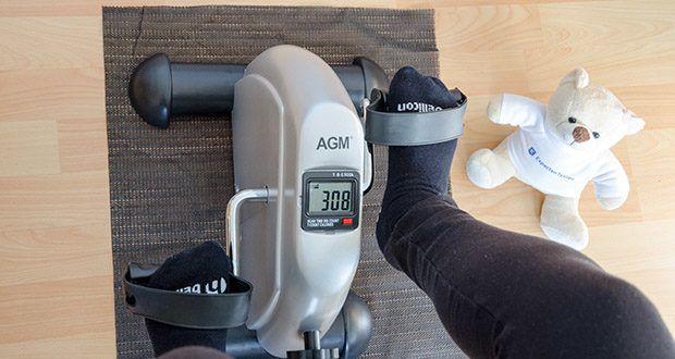 himaly Minibike Handergometer im Test - die digitale LCD-Anzeige zeigt 4 Trainingsdaten deutlich an, wie z.B. Trainingszeit, Kalorienverbrauch, Zyklen und Distanz
