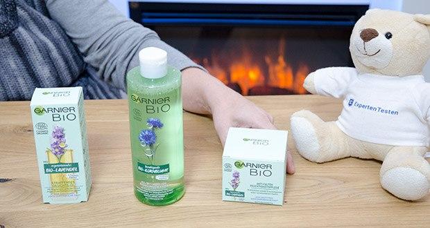 Garnier Bio Naturkosmetik Gesichtspflege Set im Test - enthält 3 natürliche Gesichtspflege-Produkte: Reinigendes Mizellenwasser, pflegende Gesichtscreme und straffendes Gesichtsöl
