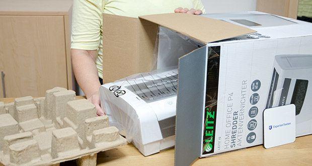 Leitz IQ Home Office Aktenvernichter im Test - Gewicht: 5 kg
