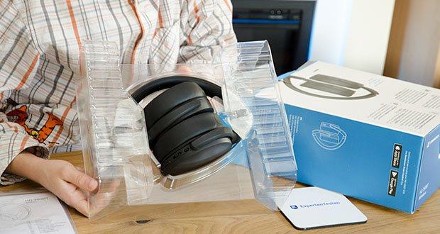 Sennheiser HD 350BT Kabelloser faltbarer Kopfhörer im Test - der Akku des HD 350BT, der via USB-C schnell wieder voll aufgeladen ist, beeindruckt mit einer Laufzeit von 30 Stunden