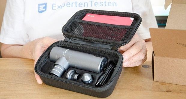 addsfit Massagepistole Mini im Test - wird in einer kompakten und stilvollen Tragetasche mitgeliefert, die sie zum perfekten Reisebegleiter und Geschenk für jedermann macht