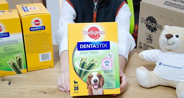 Pedigree DentaStix Daily Fresh Zahnpflegesnack für Hunde im Test - Aktivwirkstoffe aus Grüner Tee Extrakten und patentiertem Eukalyptusöl