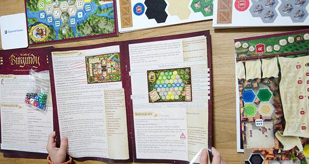 Ravensburger Alea - The Castles of Burgundy im Test - die Spielanleitung ist in Deutsch, Englisch, Französisch, Italienisch und Spanisch enthalten