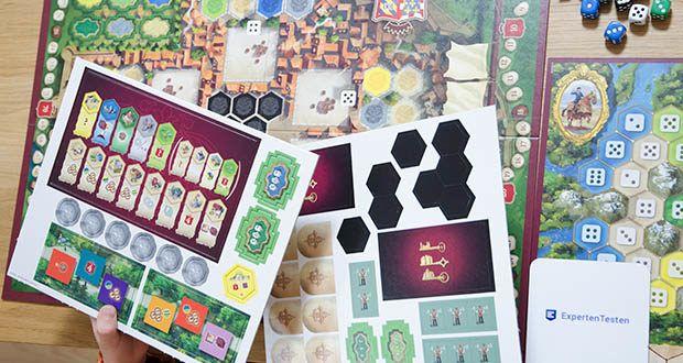 Ravensburger Alea - The Castles of Burgundy im Test - Zug um Zug müssen die Würfel geschickt genutzt, die Auslagen clever beachtet und die Mitspieler im Auge behalten werden, nur so kann der Spielsieg gelingen