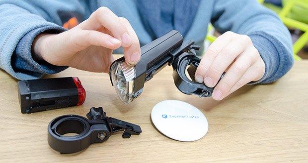 Chilitec Fahrrad LED-Beleuchtungsset CFL 30 pro im Test - Halterungen: Front 22-25mm Ø, Rück 25-32mm Ø